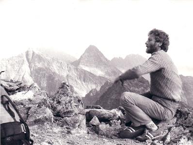 Kostek na wierzchołku Mięgusza, 1976